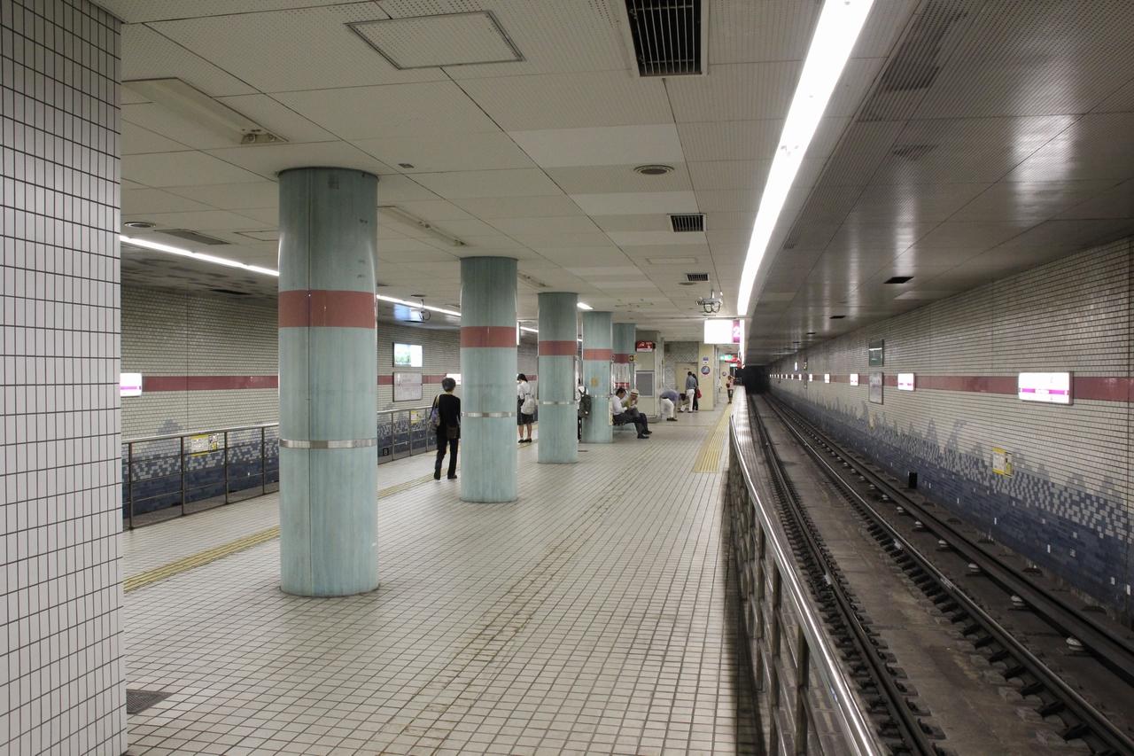 なにわの地下鉄 駅 関目高殿駅